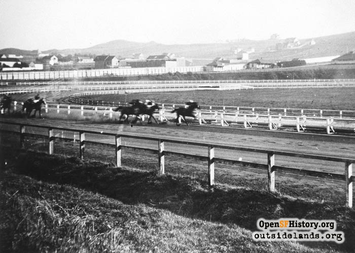 Ingleside Racetrack horse race