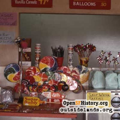Playland Sweets Stand