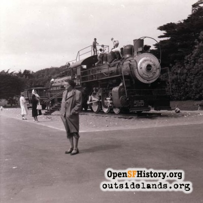 SF Zoo locomotive, 1950s