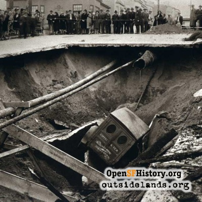 Sinkhole at 47th Avenue, 1930