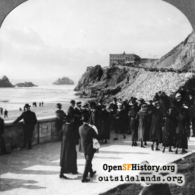 Ocean Beach visitors, with Cliff House in background