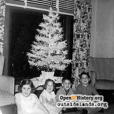 Dunnigan Family Christmas Tree, 1960