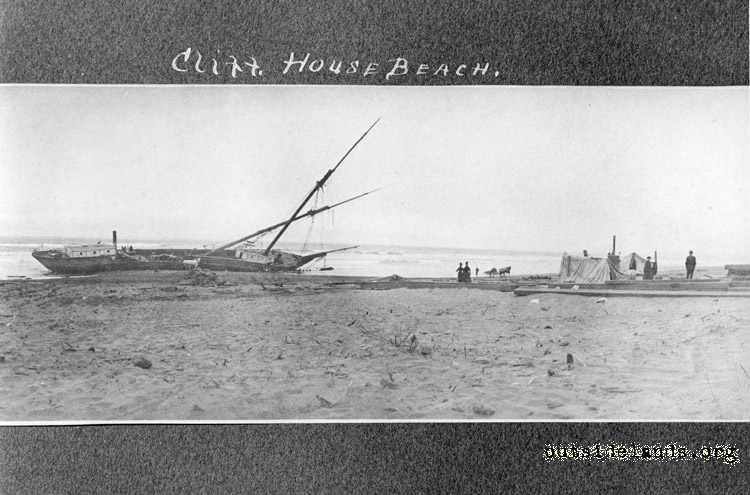 Cliff House Beach and shipwreck of Reporter