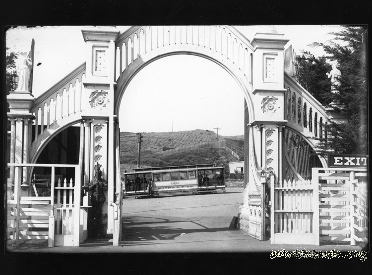 Sutro Heights Entry Gates & Streetcar