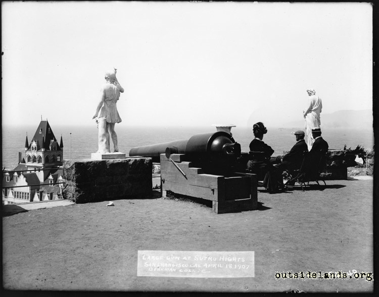 Sutro Heights. Cannon and statues on Parapet