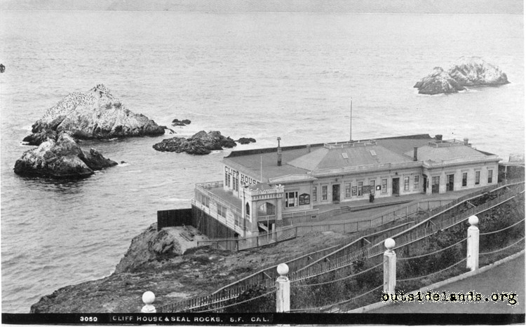 Second Cliff House looking west from Sutro Heights Parapet