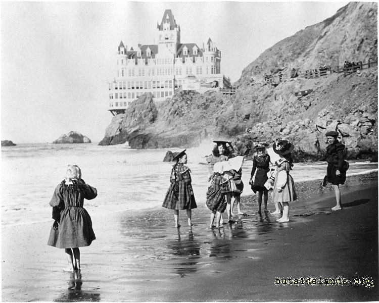 Second Cliff House and visitors on Ocean Beach