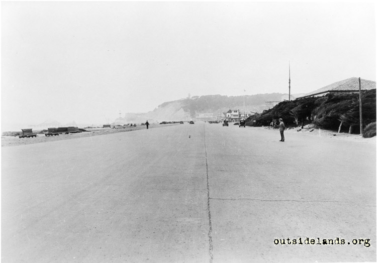 Great Highway, looking north from foot of Golden Gate Park