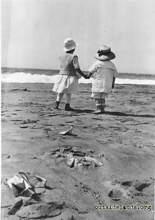 Children at Ocean Beach